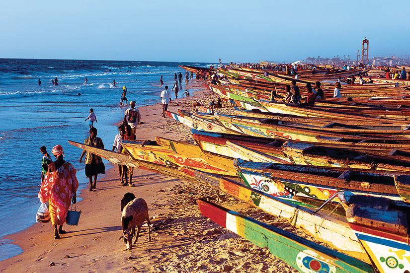 (Image)-image-Senegal-Plage-bateaux-colorees-187-09032017.jpg