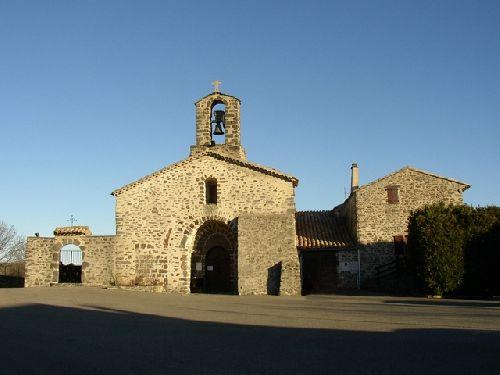 Eglise du petit village de ST GINEYS en COIRON