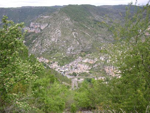 Descente vertigineuse sur Monbrun