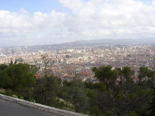 belle vue de Marseille depuis notre dame de la Garde