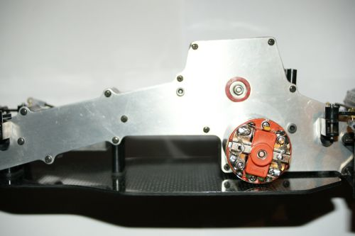 2 belts tensioners and spacers for the chassis