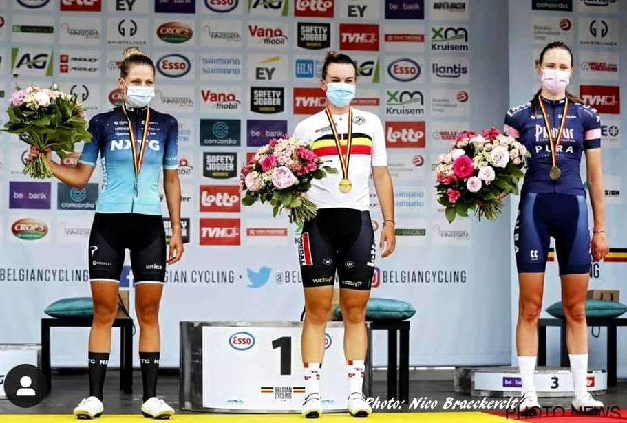 Blog Alana podium, photo Nico Braeckevelt