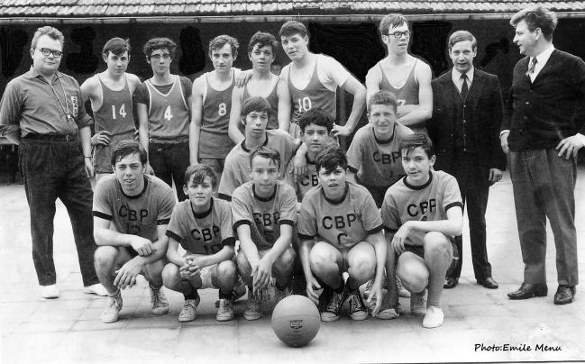 Le club de basket de Ploegsteert (CBP)a débuté avec les jeunes du village sous la houlette de Maurice Lannoy le fondateur du club