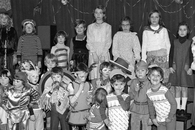 Un après midi était aussi organisé du côté des femmes prévoyantes socialistes , a Le Bizet, ou les enfants furent invités a venir déguisés
