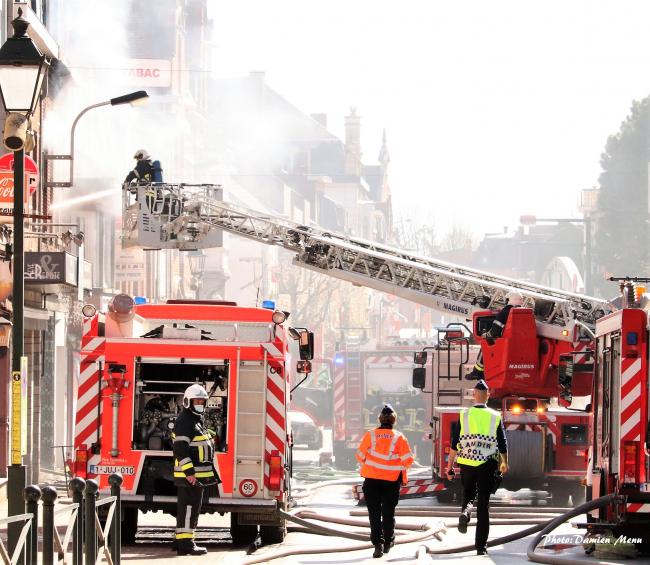 La rue du Faubourg a Comines a été longtemps fermée à la circulation afin de sécuriser le secteur.