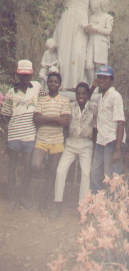 Au collège de Toussiana en 1991: Fr Hermann Kaboré, Evariste Barro, Wambi Ouédraogo et le prof de Français Francis Yaméogo (le Boss)