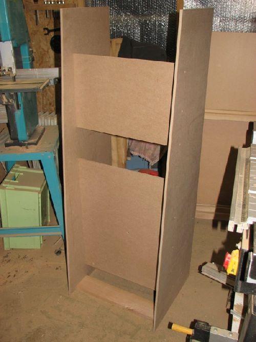 la base (chassis)  de l\'orgue / Organ frame