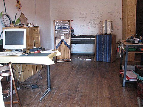 Au studio de répet  /At the music studio