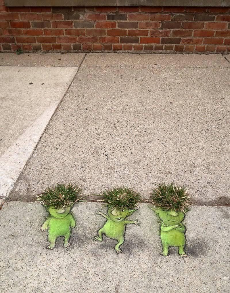 3 trolls verts.jpg
