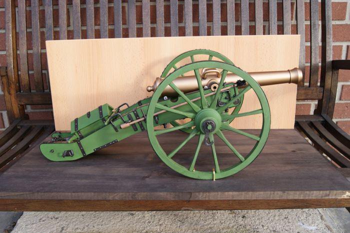 Maquette d'un canon Gribeauval de 12