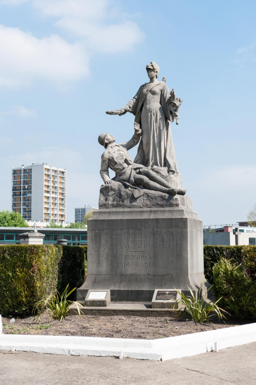 monumentmorts La courneuve.jpg