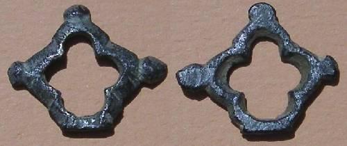 Bouclette quadrilobée de crochet de ceinture XIV ème