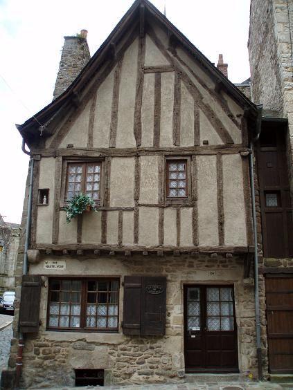 Dinan - vieille maison