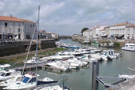 le port de St-Martin-de-Ré, la capitale