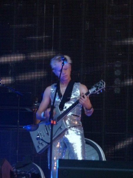 Martin et sa guitare rectangle (Melissa)
