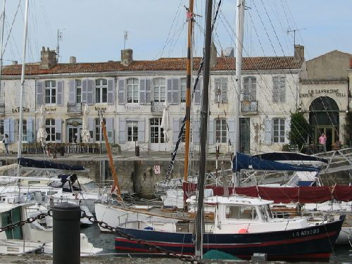 Port St Martin