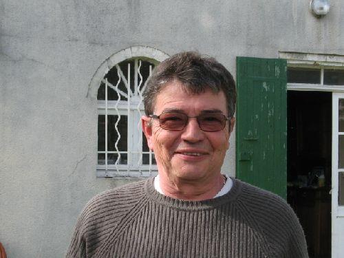 Paul, mon ami d'Oléron, amoureux de la nature et artiste à temps perdu ( transformation de bois de récupération en beaux objets)