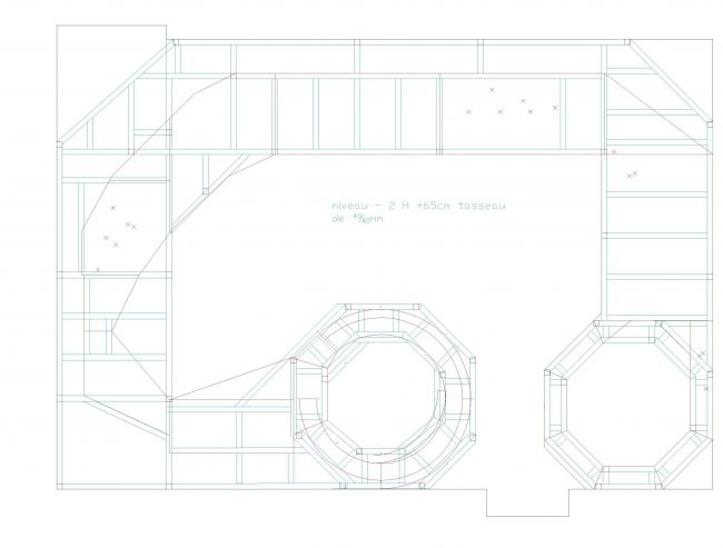 En vue de la dernière commande de matériaux pour le chalet, on va commander la structure du réseau par la même occasion  soit env 120m de tasseau 30/30 80m de tasseau 40/40, 11 plaques de 2.5m/1.22m de CP de 1mm et 2 plaques de cp 5mm