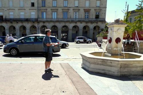 la fontaine de la place du marché.jpg