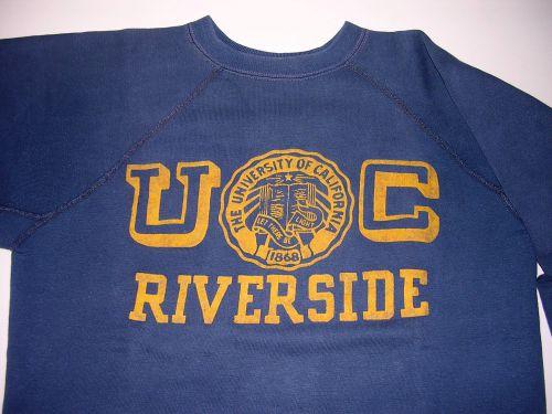 sweet shirt souvenir de ma viste à l'université Californienne UCLA de Los Angeles