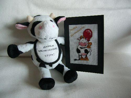 Ensemble de broderie peluche et carte d\'anniversaire sur le thème de la vache