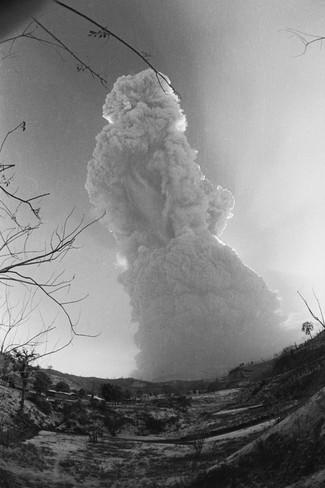 oscar-sabetta-el-chichon-volcano-in-mexico-erupting.jpg