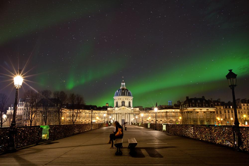 aurore-boreale-paris.jpg