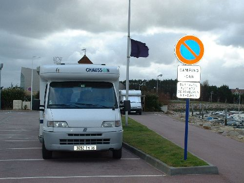 Stationnement interdit. Reconnaissance sortie Calvados ( 2005 )