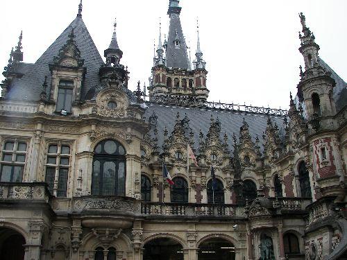 Un Palais somptueux.