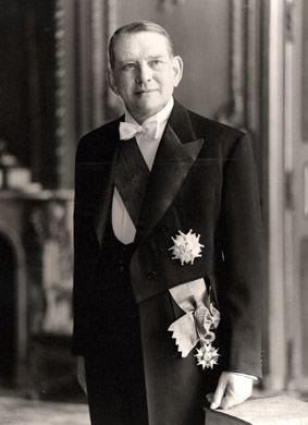 1953 - 1959 : Le Président René Coty, Président d'Honneur de l'A.N.F.B. de 1953 à 1959