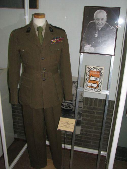 Uniforme du Général Maczek