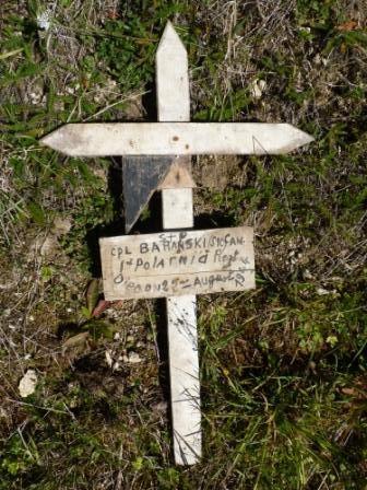 Croix de tombe temporaire