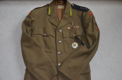 Service dress de capitaine du 10ème PSK
