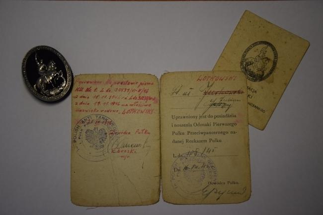 Legitymacja d'un soldat du 1er régiment antichars