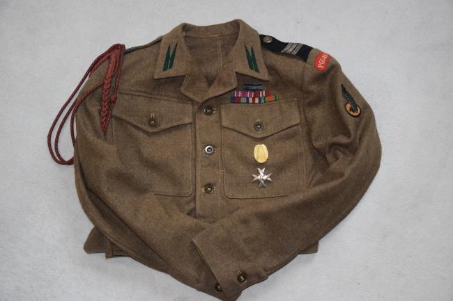 Battle-dress de caporal-chef du 1er régiment antiaérien