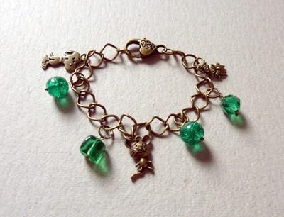 23 - bronze et perles vertes..jpg