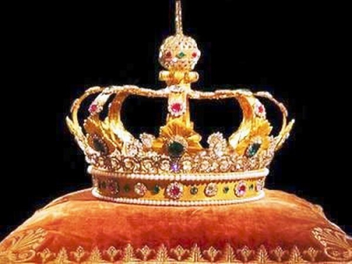 crown-jewels - Copie.jpg