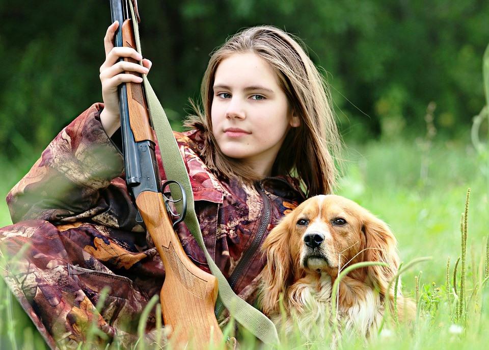 hunter-1503082_960_720.jpg