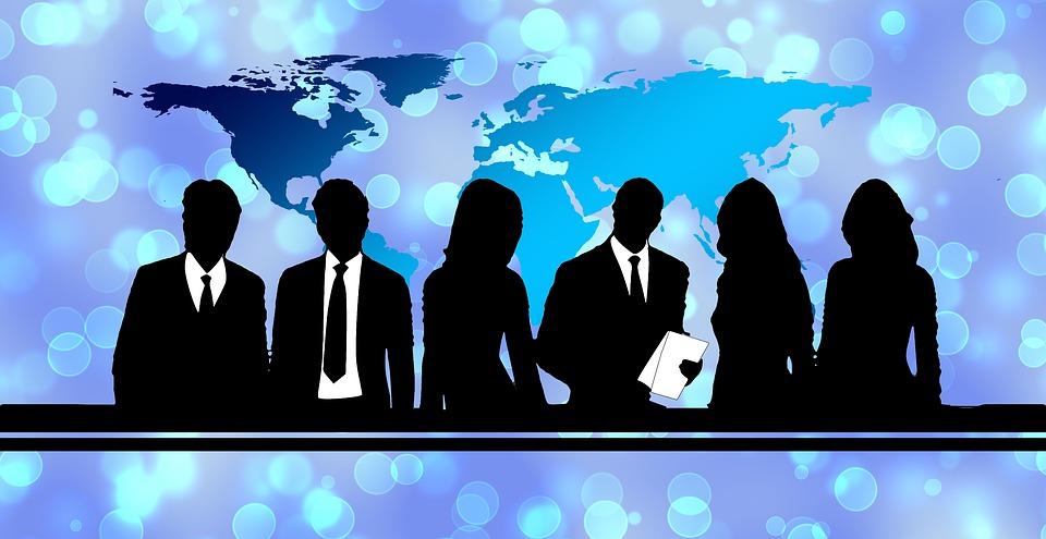 businessmen-3110816_960_720.jpg