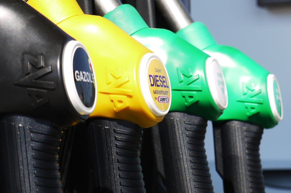 gasoline-175122_960_720.jpg