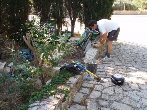 Démolition du muret en pierre