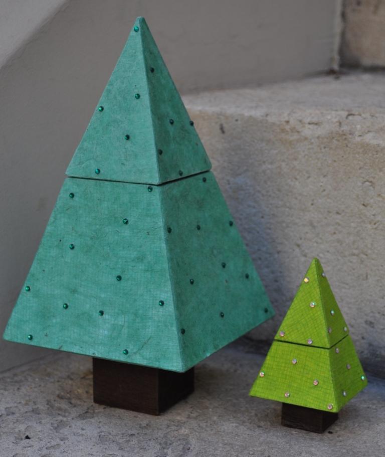 Christmas tree web (2).JPG