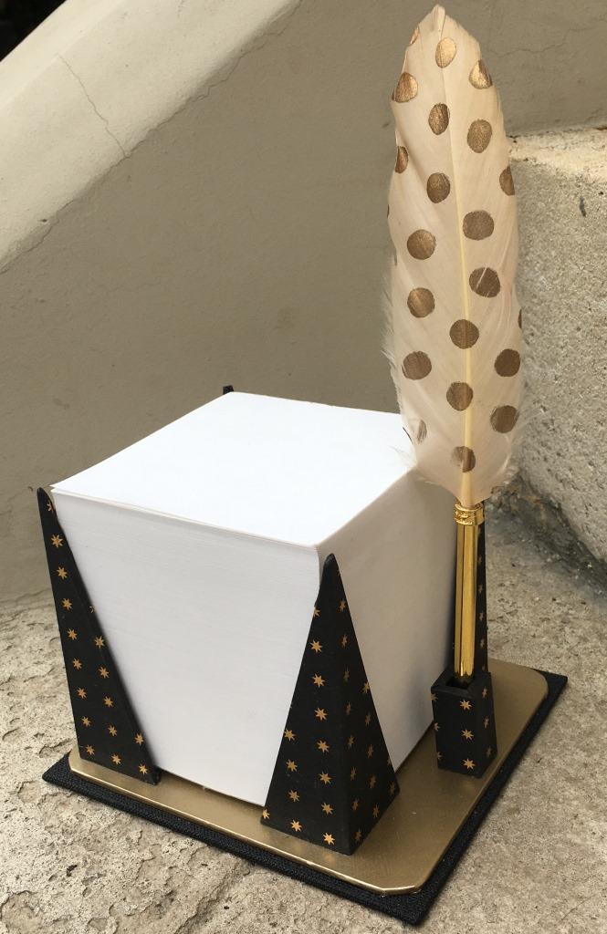 cube porte plume (2).JPG