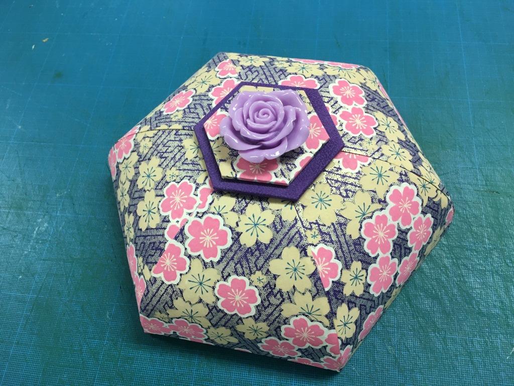 stage boîte hexagonale (5).JPG