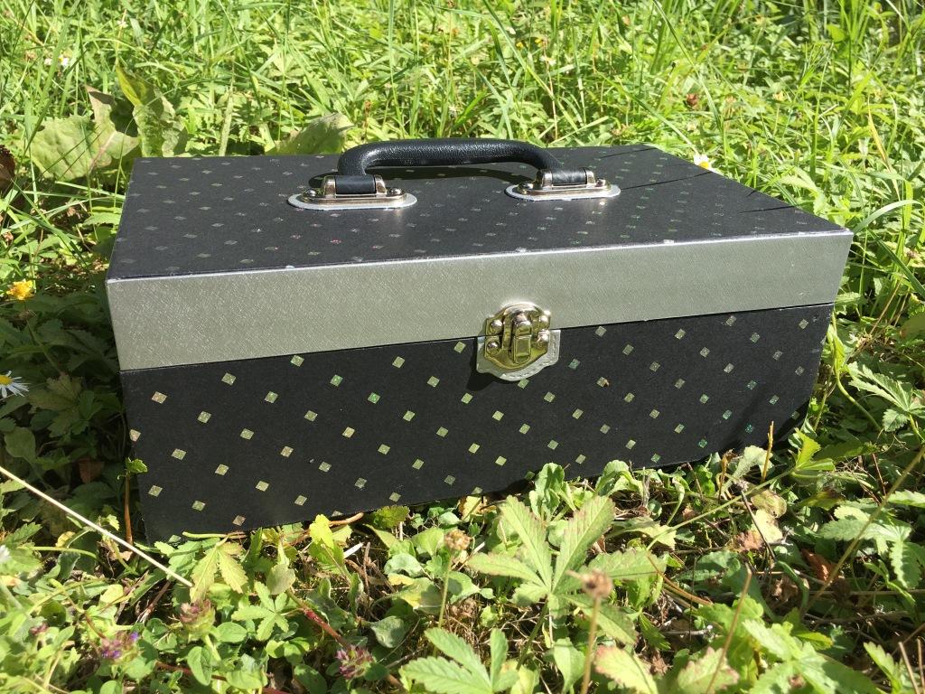 malette noire (2).JPG