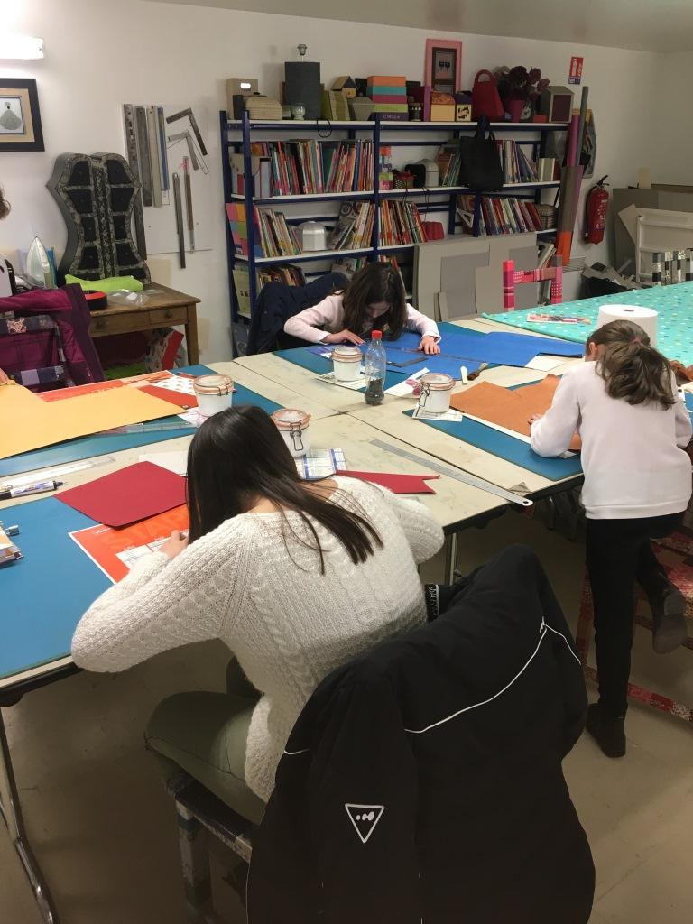 atelier d'enfant à l'art et création (2).JPG