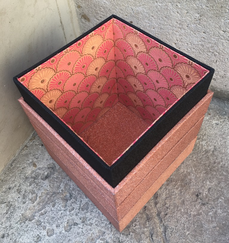 boîte mirage glitter (7).JPG