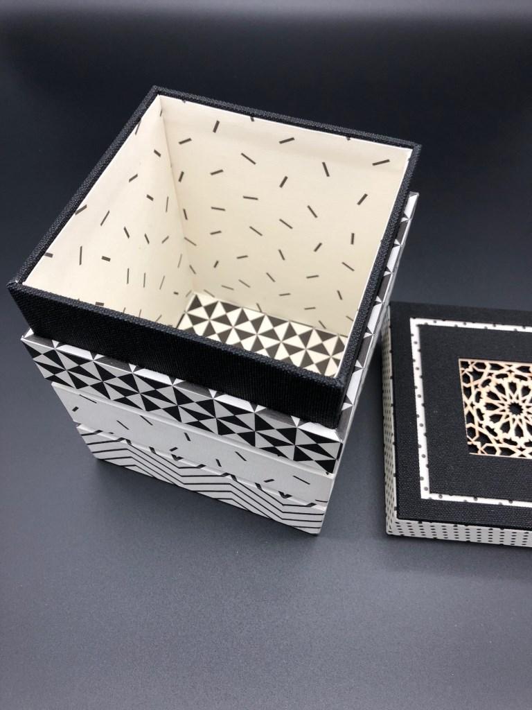 boîte mirage noir et blanc (2).jpg