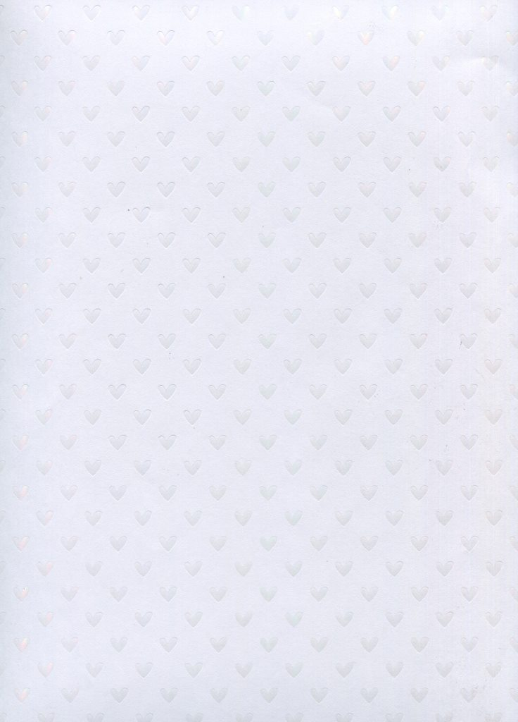 petit coeur blanc sur blanc.jpg