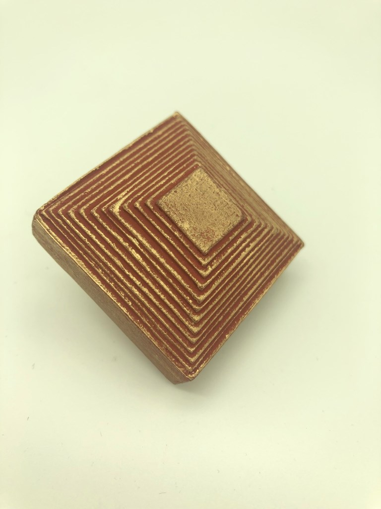 le pyramidal (1).jpg